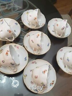 Vintage MEISSEN Handpainted Scattered Flowers Teacup Coffee Cup & Saucers 7 Sets