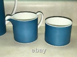 Vintage Mod. Wedgwood Coffee Pot with Cream & Sugar Set by Susie Cooper Design