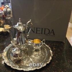 Vintage Oneida Du Maurier Silver Plated 4 pieceTea/Coffee Set