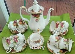Vintage Royal Albert Old Country Roses coffee set (8 cups & saucers sugar milk)