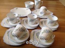 Windsor Bone China (England) Vintage 20 Piece Tea / Coffee Set 1747/2