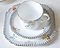 18 Pcs Tea Café. Anglais Bone China. Vintage Art Déco