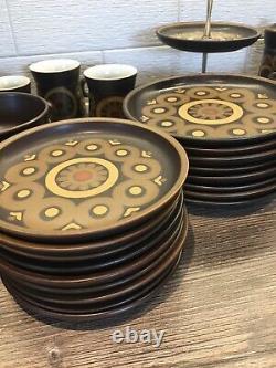 Jeu De Café Arabesque Vintage Denby, Assiettes Tasses Théière 78 Articles Stonewear