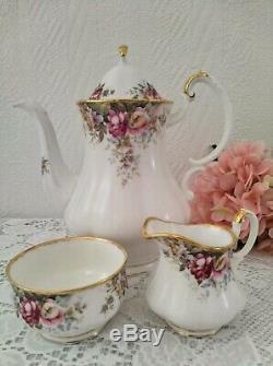 Queen Anne Summer Rose Fine Bone Chine Angleterre Thé / Café Set Porcelaine Millésime