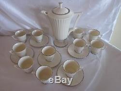 Service À Café Vintage Lenox Ivoire Colonnade 24 Pc