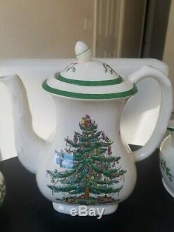 Spode Christmas Tree 14 Piece Thé / Café Set Nouvelle-angleterre Rare Vintage