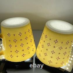 Vintage Pyrex Butterscotch 1410 Foulard Tasse Tasse MCM Paire Jaune Ensemble Htf