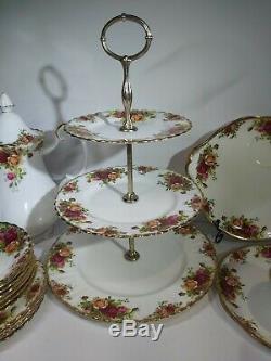 Vintage Royal Albert Roses Tea Set Café Anf